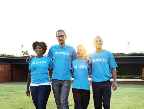 Cresce il volontariato d'impresa: fare del bene in orario di lavoro
