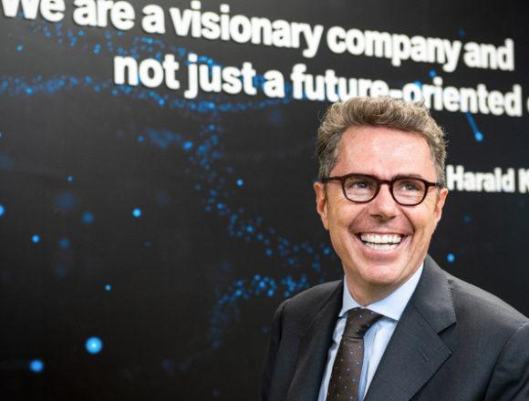 Digitale, cliente, sostenibilità, connessione: le keyword del futuro dell'automotive