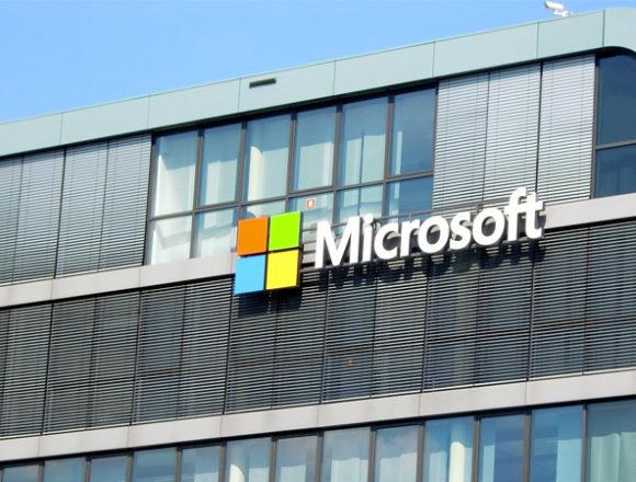 """Microsoft """"spinge"""" il Paese sulla via della digital transformation"""