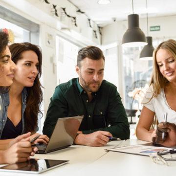 Paga base e lavoro stabile: oltre lo stereotipo del Millennials