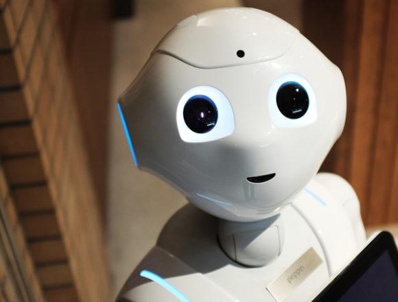 Robot e intelligenza artificiale: gli italiani promuovono la rivoluzione ma temono tagli di posti di lavoro