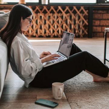 Lavoro agile (da casa), pro e contro in uno studio del centro InContra