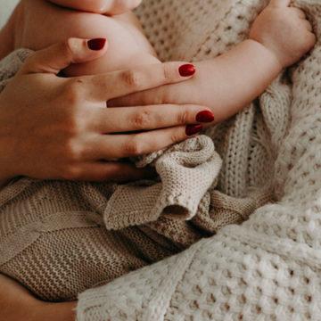 Congedi parentali, nove donne su dieci bocciano il modello italiano