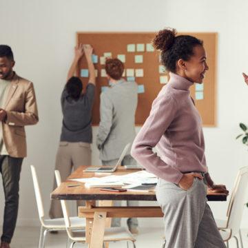 Formazione linguistica e sinergia dei team: l'upskilling come chiave per una comunicazione interna efficace